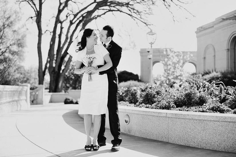 sacramento lds temple wedding photo