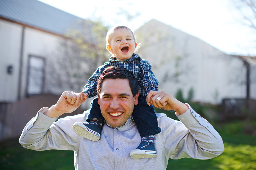Luke & his dad playing, sacramento portrait photography