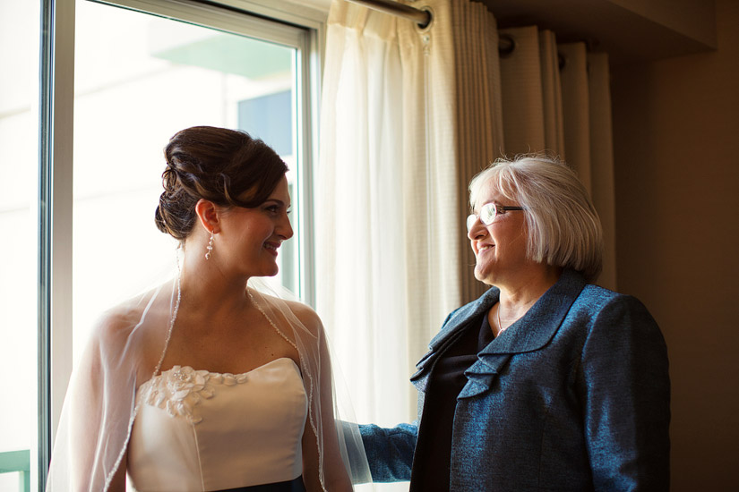 hyatt sacramento wedding, brenda & her mom