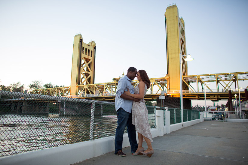 tower bridge engagement photo of cassie and brandon