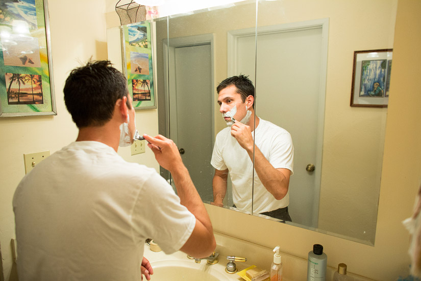 adam getting ready for his somerset ca wedding