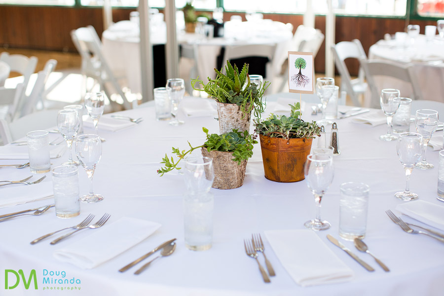 table setting photos for a wedding reception
