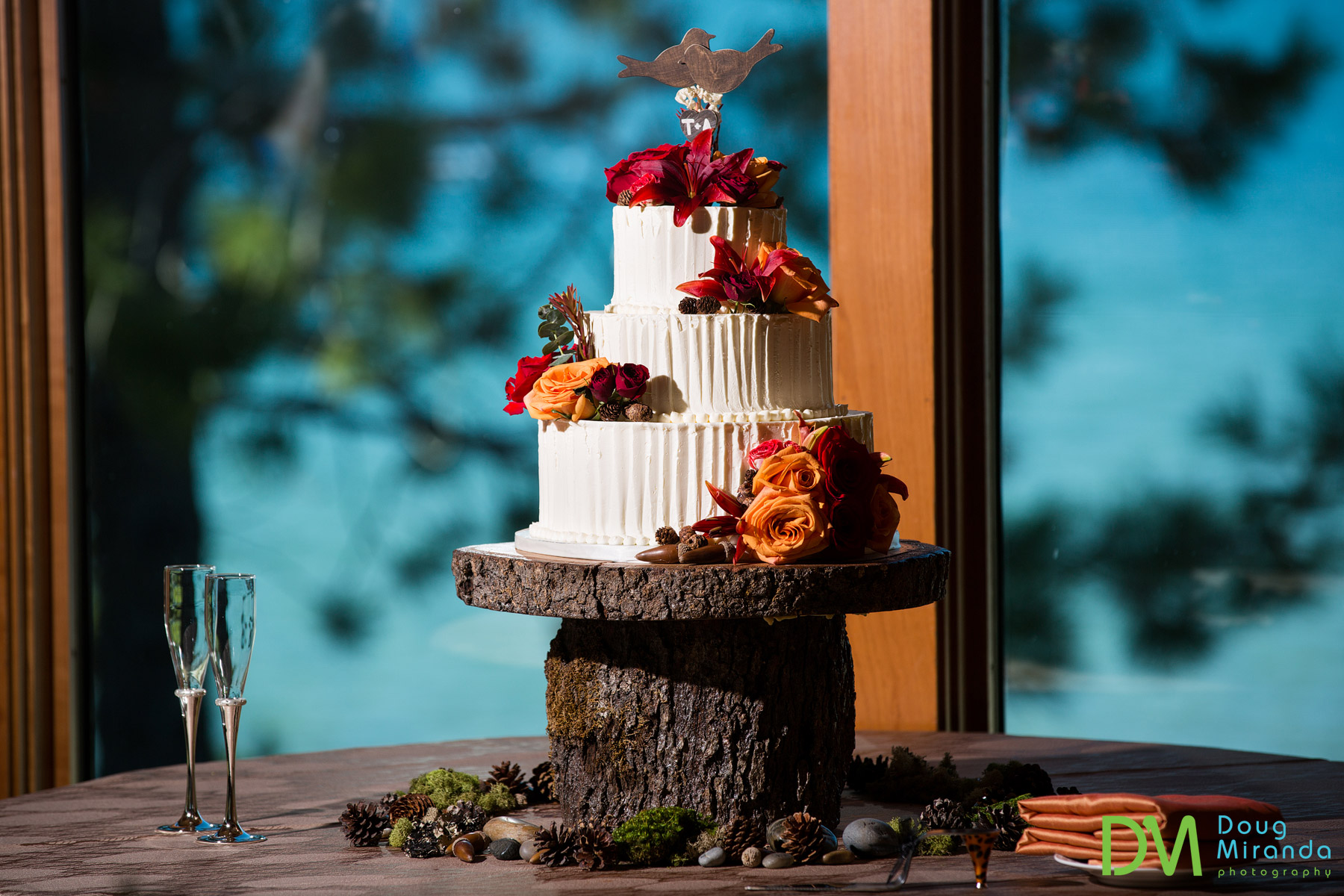 lake tahoe wedding cakes
