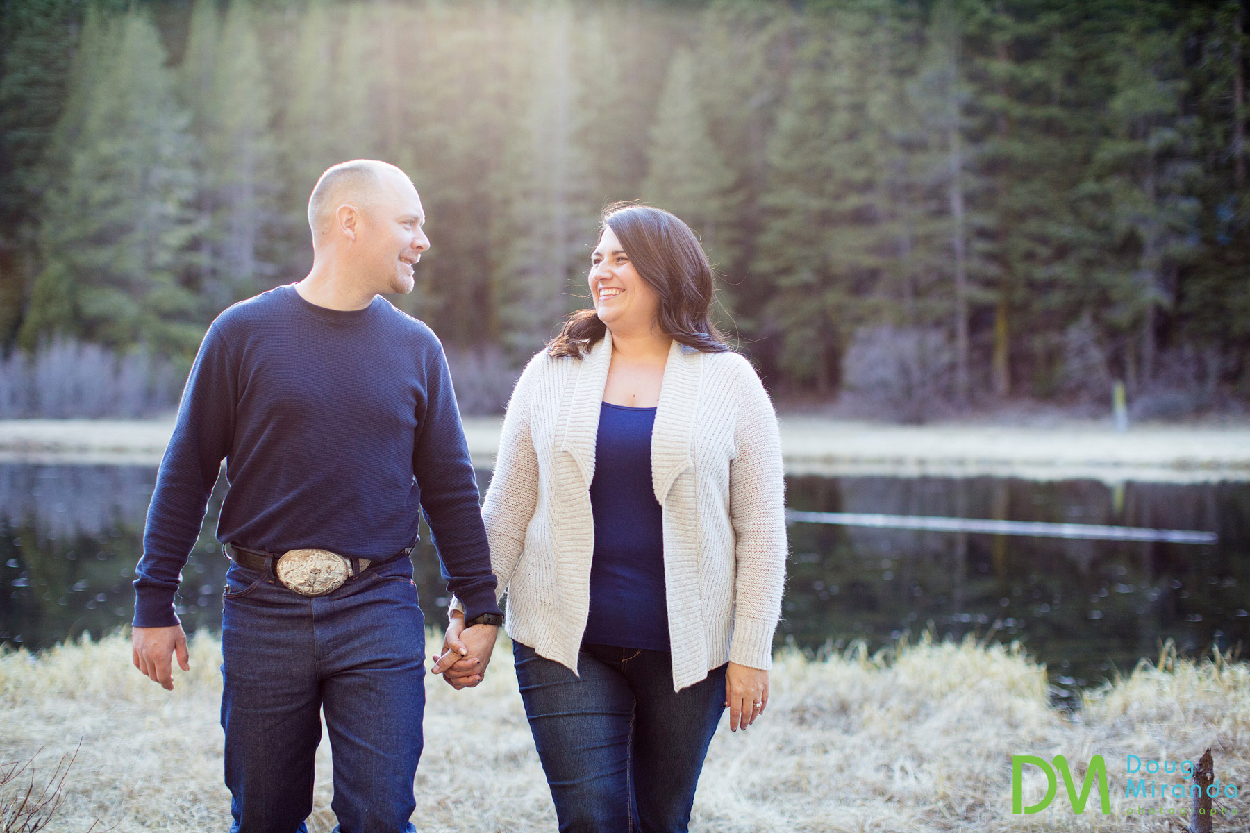 truckee river engagement photos