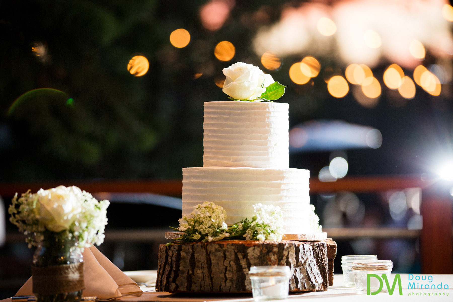 Truckee wedding cakes