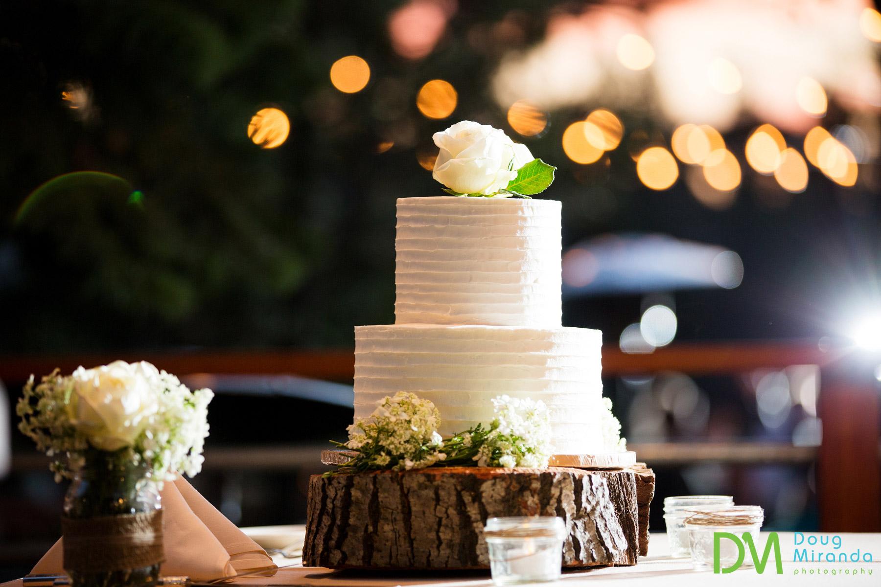 Truckee wedding cakes
