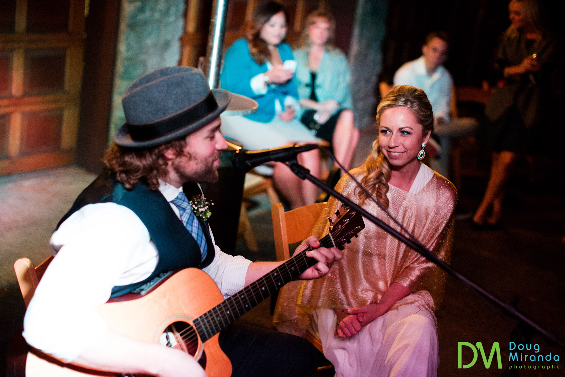 Darren serenaded Heather with a song right before their first dance.