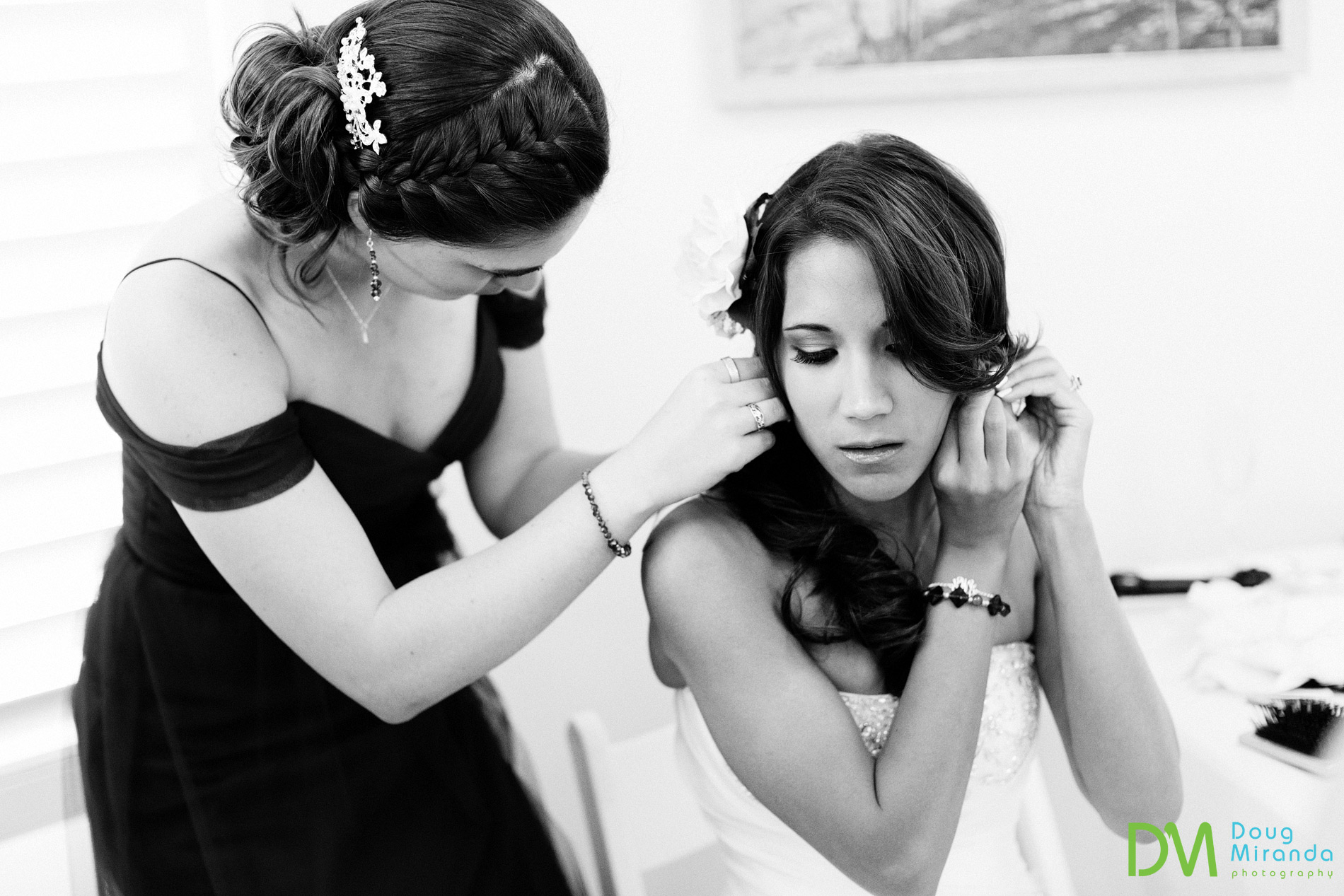 a bride getting ready for a geyserville inn wedding