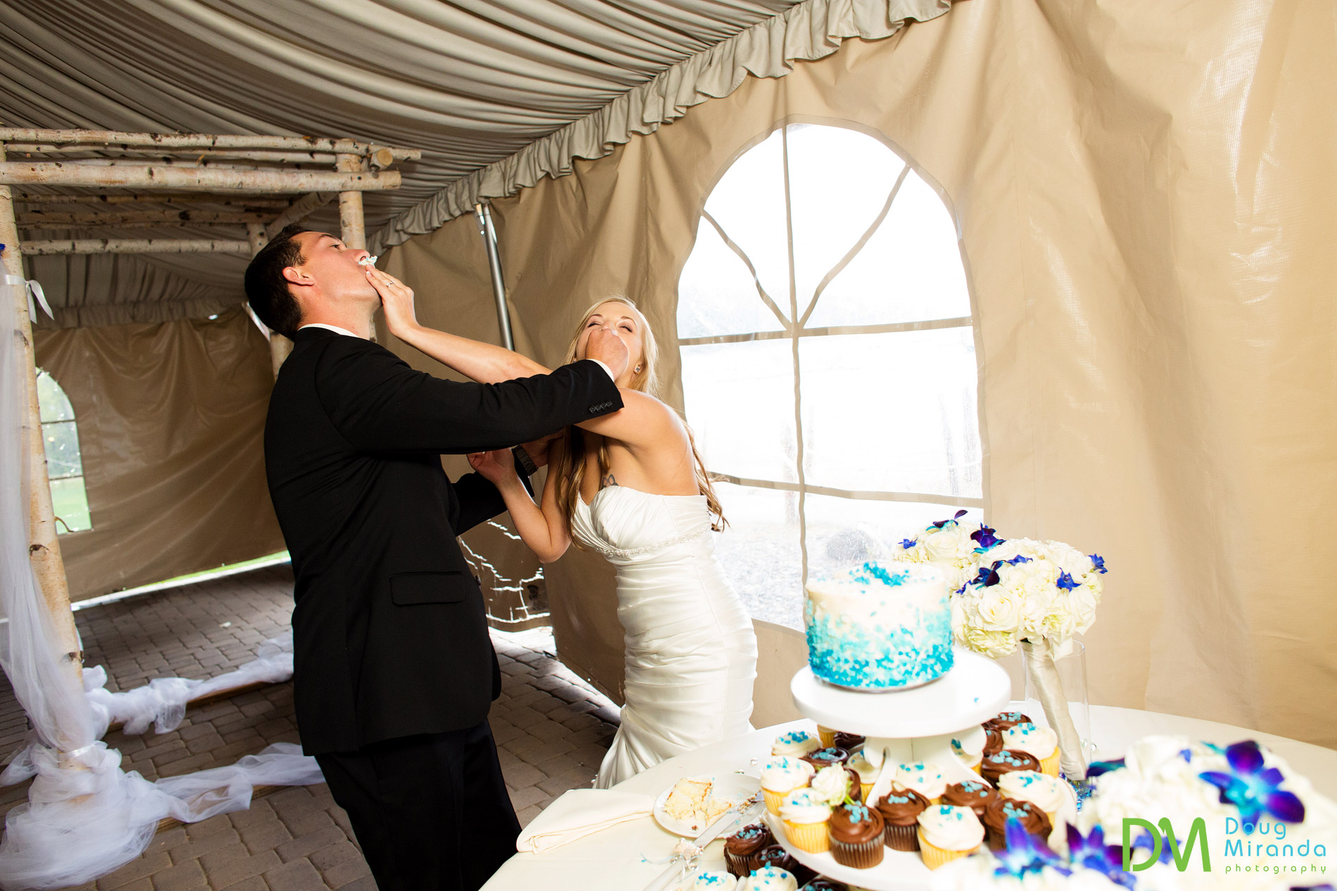 One, two, three lets smash the cake in each others face.