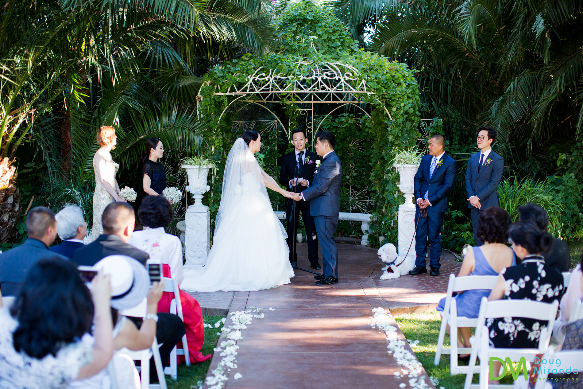 wedding ceremony at grand island mansion
