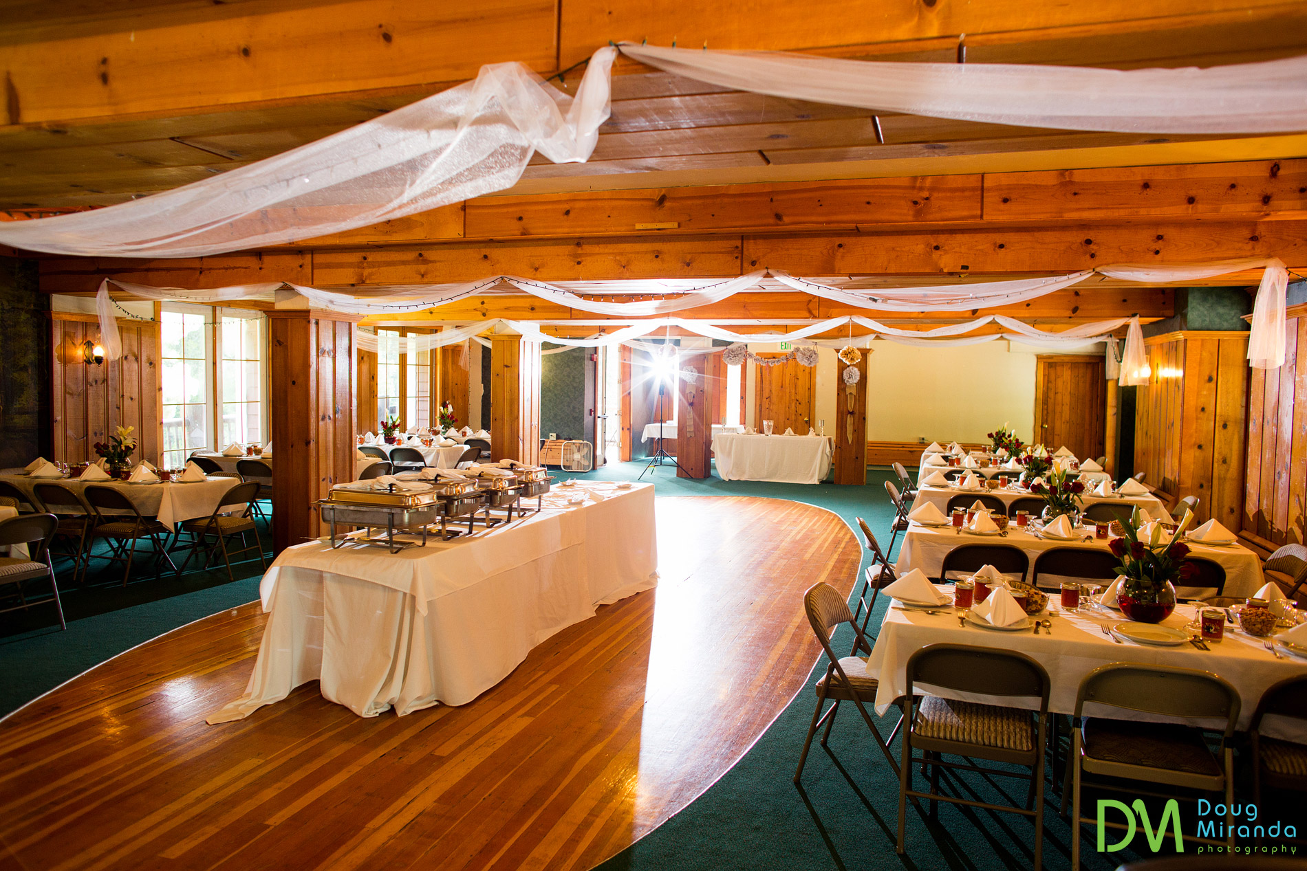strawberry lodge wedding reception photos